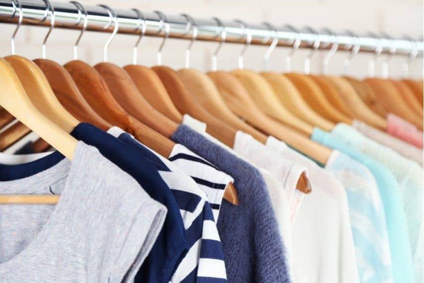 Make money fast by selling your unwanted and gently used clothes