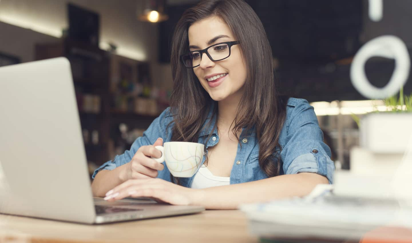 Online Chat Jobs Websites to Find Clients