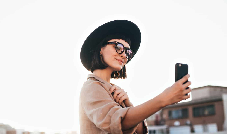 Influencer taking a selfie